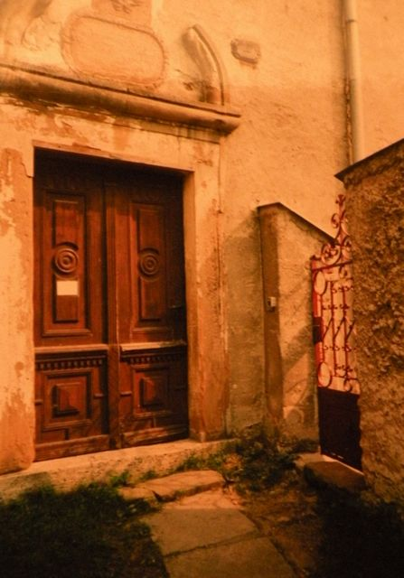 vchod do kláštora